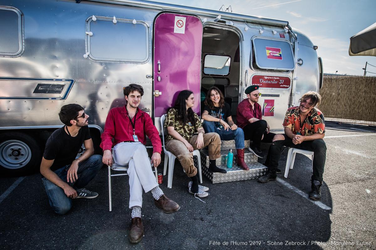 Michelle Blades et ses musiciens en backstage avant leur concert.