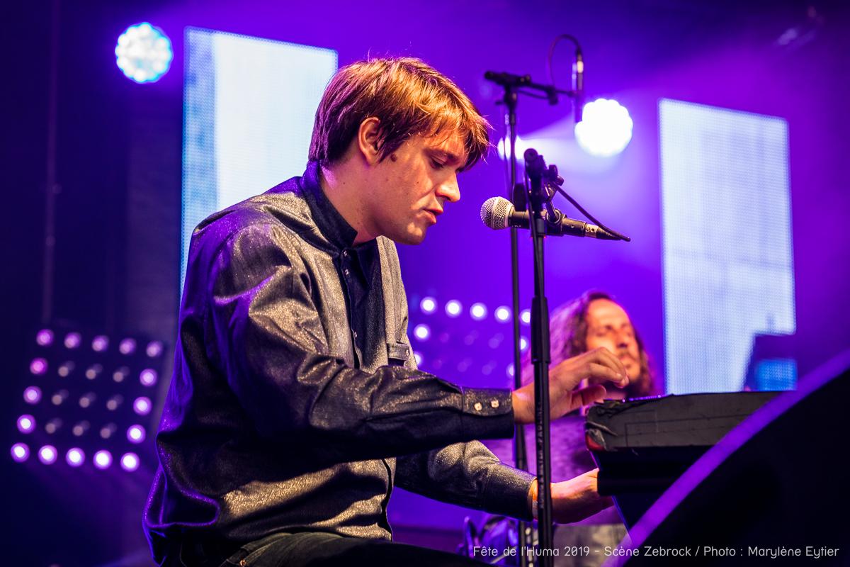 Niki Demiller, appliqué au clavier. (Grand Zebrock 2019)