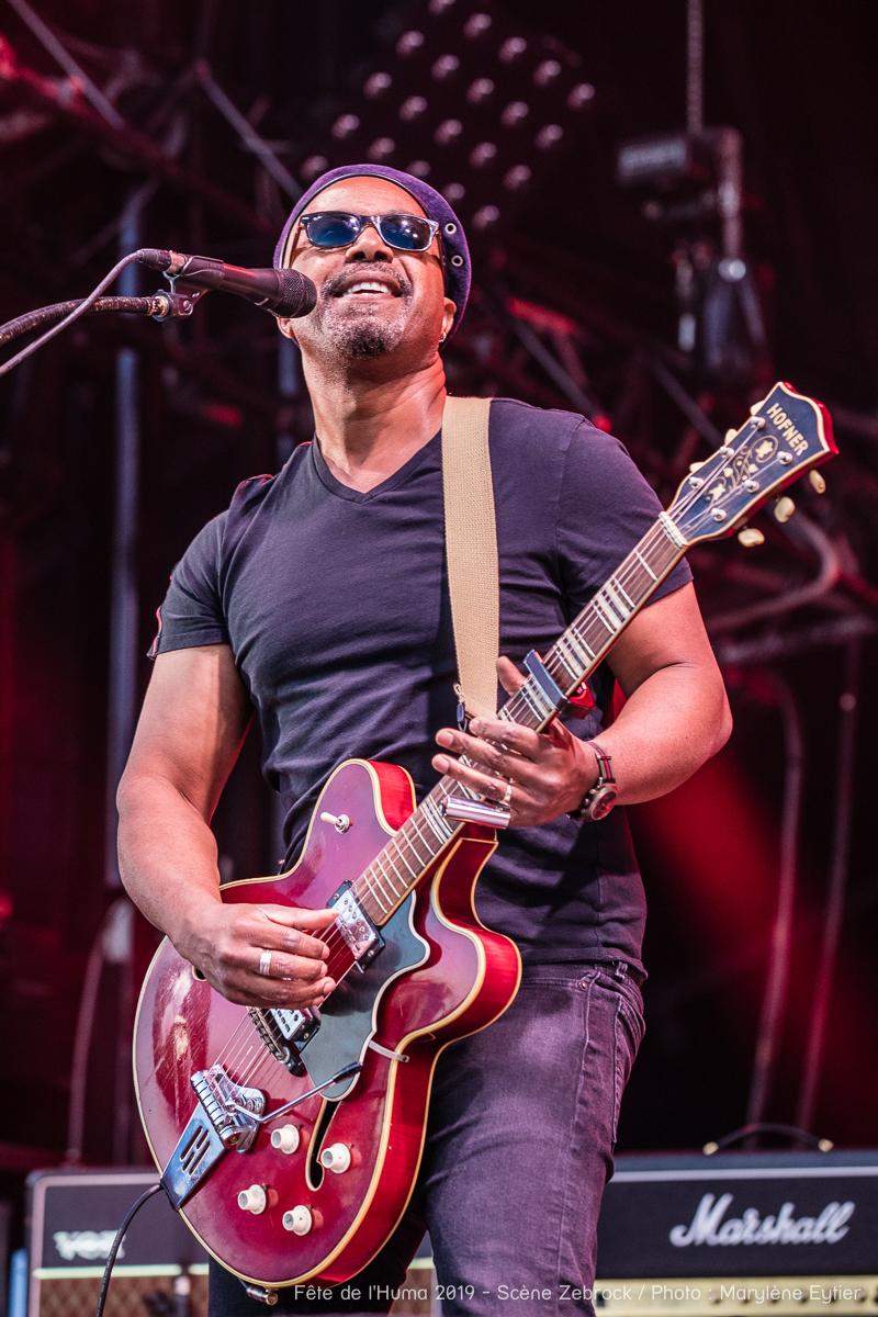 Pascal Danaë, chanteur et guitariste de Delgres.